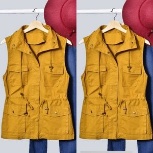 Jackets & Blazers - ❤ Mustard Yellow Vest with hoodie perfect for fall